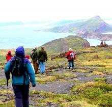 Hikers on Bathurst Ridge
